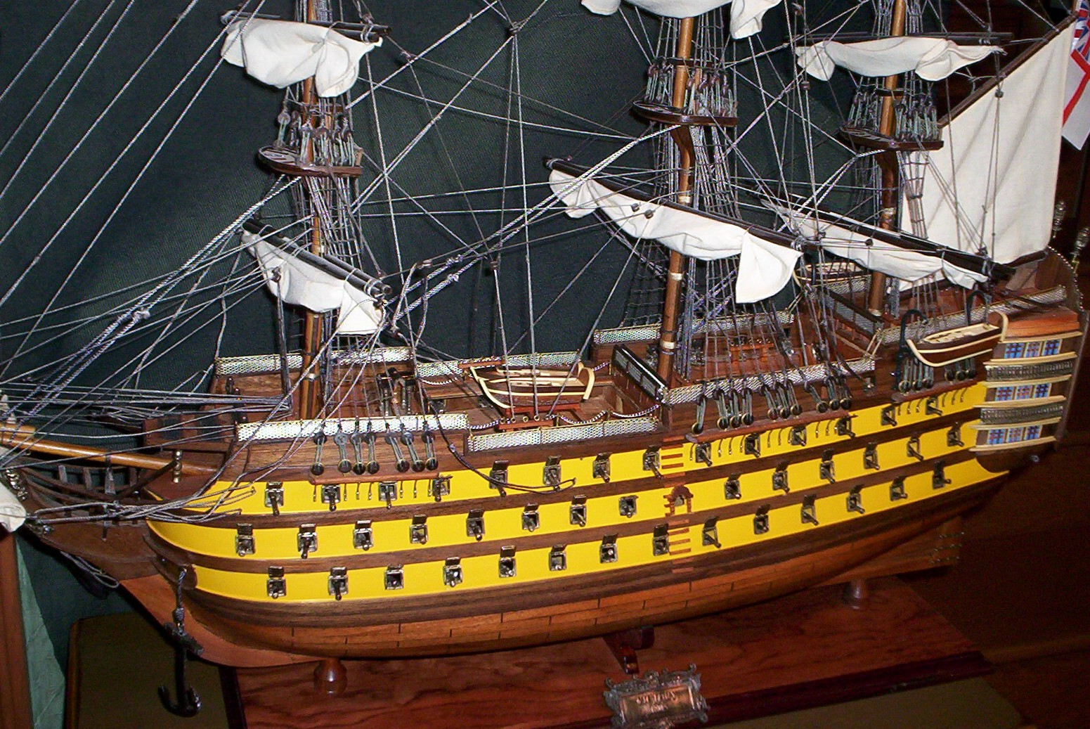T101A HMS Victory painted